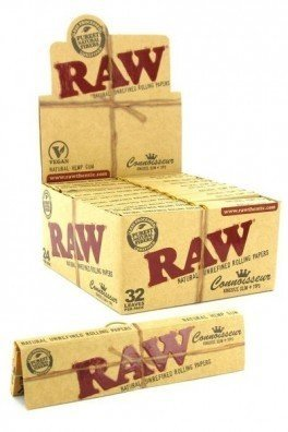 RAW Connoisseur Rolling Papers + Tips King Size